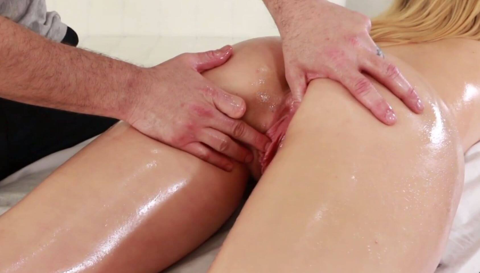 Teen lips that grip are filled with big dick